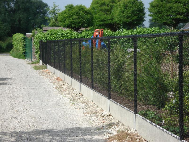 Draadafsluiting Met Bovenbuis En Betonplaat 2